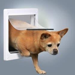 Trixie Дверца для собак белая размер XS-S (20х21см) артикул .3877